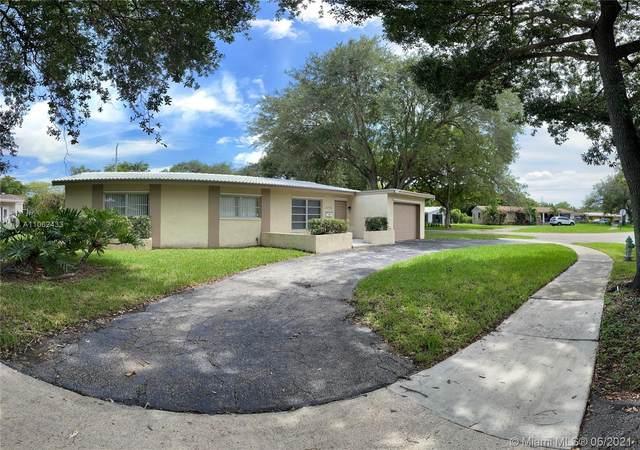 5712 Monroe St, Hollywood, FL 33023 (MLS #A11062433) :: Jo-Ann Forster Team