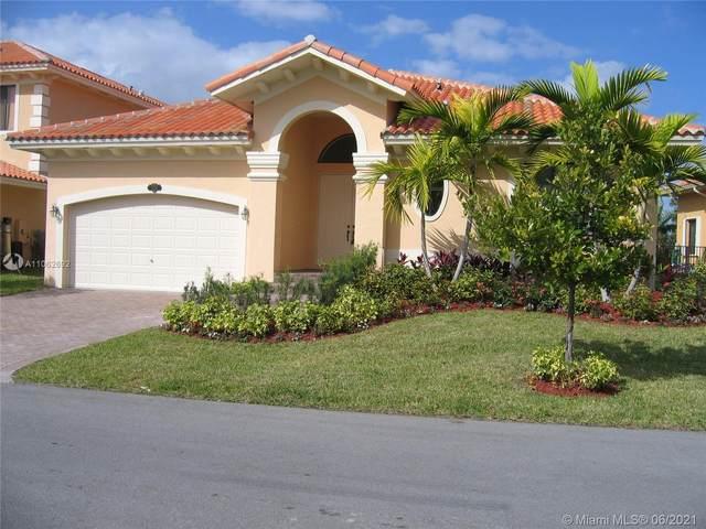 7733 SW 193rd St, Cutler Bay, FL 33157 (MLS #A11062692) :: Prestige Realty Group