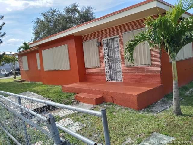 2501 NW 55th St, Miami, FL 33142 (MLS #A11062951) :: Equity Advisor Team