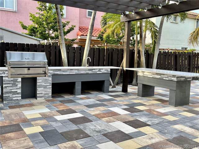 13995 SW 154th St, Miami, FL 33177 (MLS #A11062971) :: Equity Advisor Team