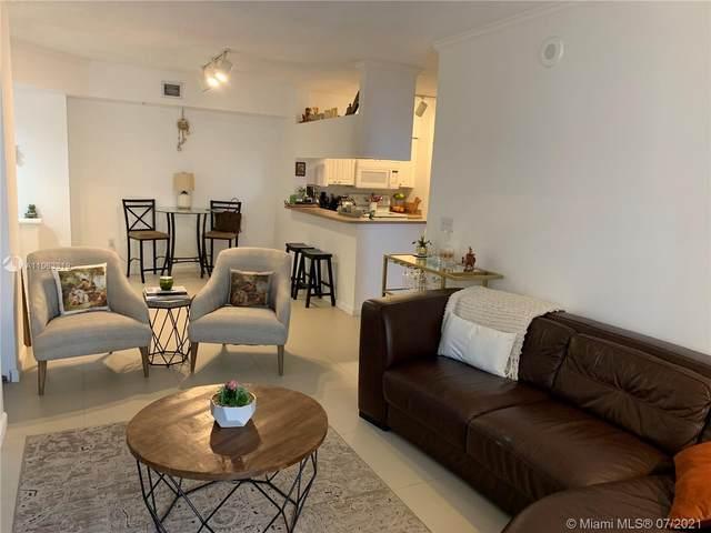 17100 N Bay Rd #1810, Sunny Isles Beach, FL 33160 (MLS #A11063319) :: Carole Smith Real Estate Team
