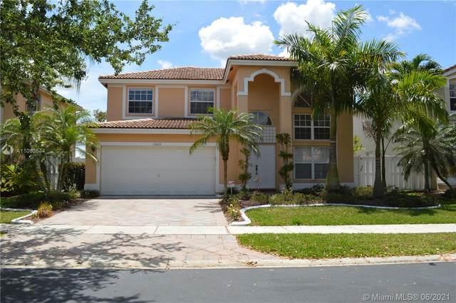 13820 NW 22nd St, Sunrise, FL 33323 (MLS #A11063644) :: Prestige Realty Group