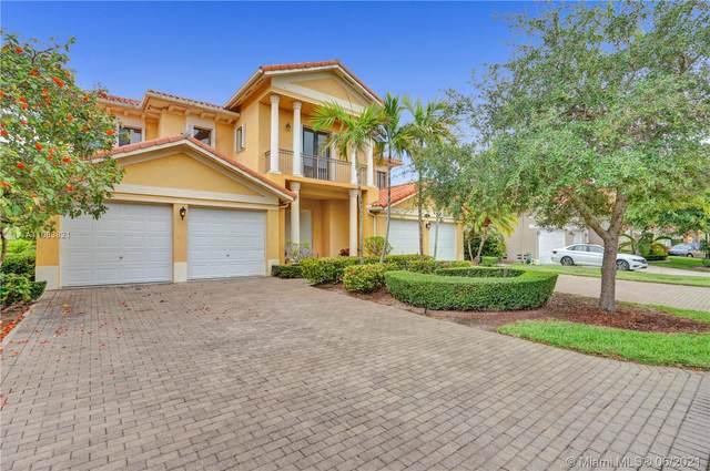 7904 SW 194th St, Cutler Bay, FL 33157 (MLS #A11063821) :: Prestige Realty Group
