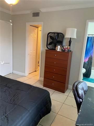 890 NW 45th Ave #33, Miami, FL 33126 (#A11063876) :: Dalton Wade