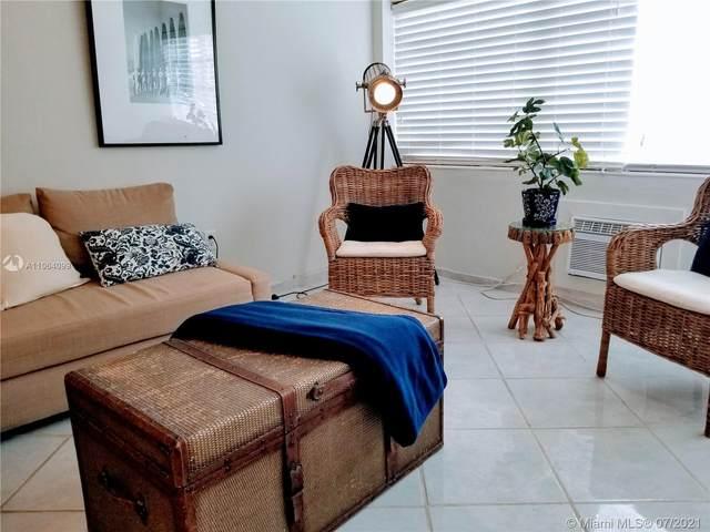 220 NE Kings Point Dr #111, Sunny Isles Beach, FL 33160 (#A11064099) :: Dalton Wade