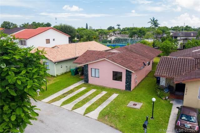 10610 SW 69th Ter, Miami, FL 33173 (MLS #A11064290) :: Equity Advisor Team