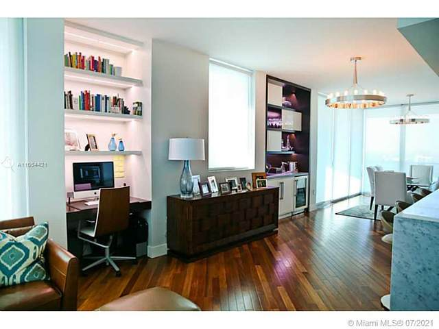 900 Biscayne Bl #3301, Miami, FL 33132 (MLS #A11064421) :: GK Realty Group LLC