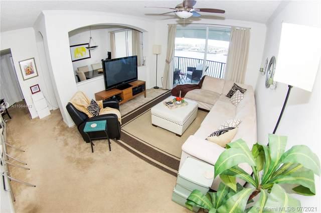17150 N Bay Rd #2803, Sunny Isles Beach, FL 33160 (MLS #A11064443) :: Carole Smith Real Estate Team