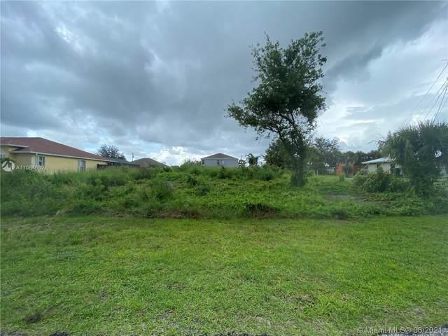 4411 SW Paley Rd, Port Saint Lucie, FL 34953 (MLS #A11064652) :: Douglas Elliman