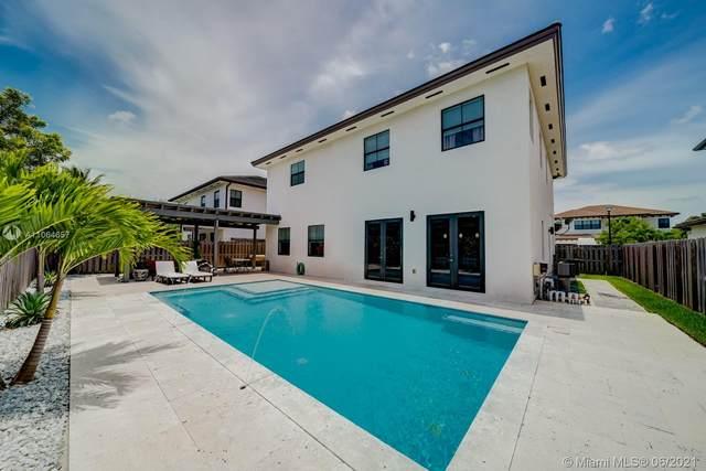 7365 SW 163rd Pl, Miami, FL 33193 (MLS #A11064657) :: Prestige Realty Group
