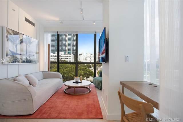 2201 SE Collins Ave #401, Miami Beach, FL 33139 (MLS #A11064837) :: Berkshire Hathaway HomeServices EWM Realty