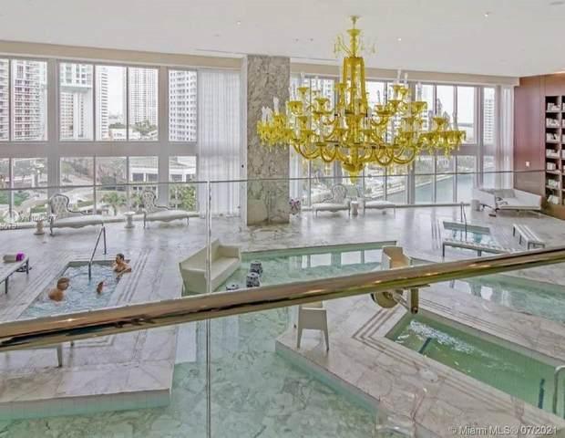 495 Brickell Ave #5709, Miami, FL 33131 (MLS #A11064877) :: Castelli Real Estate Services