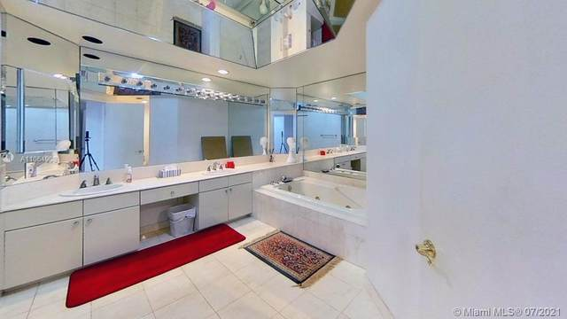 2000 Island Blvd #304, Aventura, FL 33160 (MLS #A11064908) :: Dalton Wade Real Estate Group