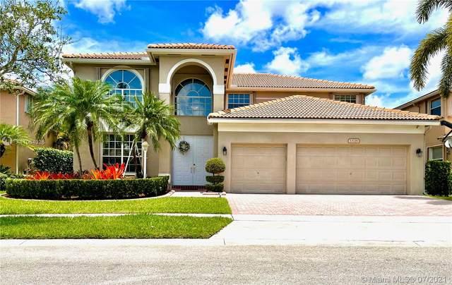 13735 NW 11th St, Pembroke Pines, FL 33028 (MLS #A11064926) :: All Florida Home Team