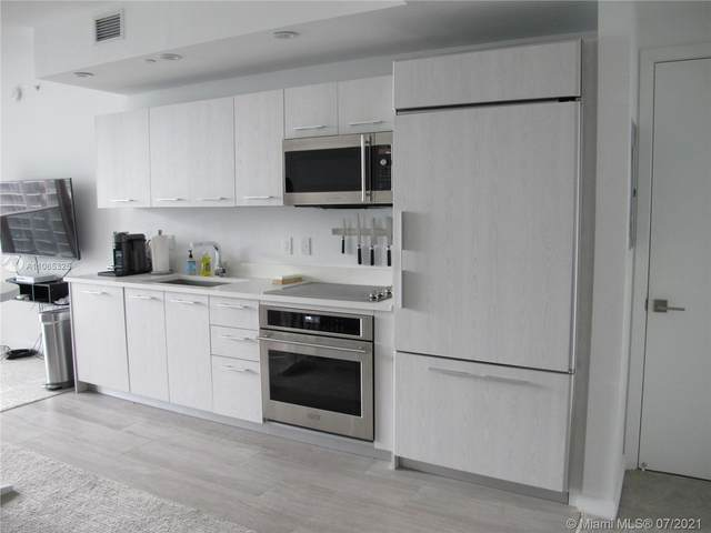 45 SW 9th #2609, Miami, FL 33130 (MLS #A11065325) :: The Howland Group