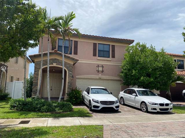 8748 W 33rd Ave, Hialeah, FL 33018 (MLS #A11065334) :: The Howland Group