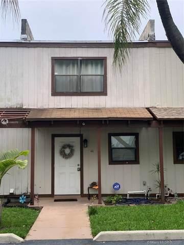 44 SE 10th St #4, Deerfield Beach, FL 33441 (MLS #A11065378) :: Castelli Real Estate Services