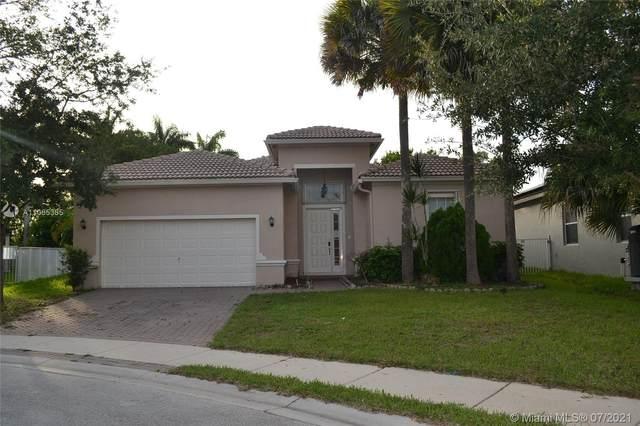 4325 W Whitewater Ave, Weston, FL 33332 (MLS #A11065385) :: Natalia Pyrig Elite Team | Charles Rutenberg Realty