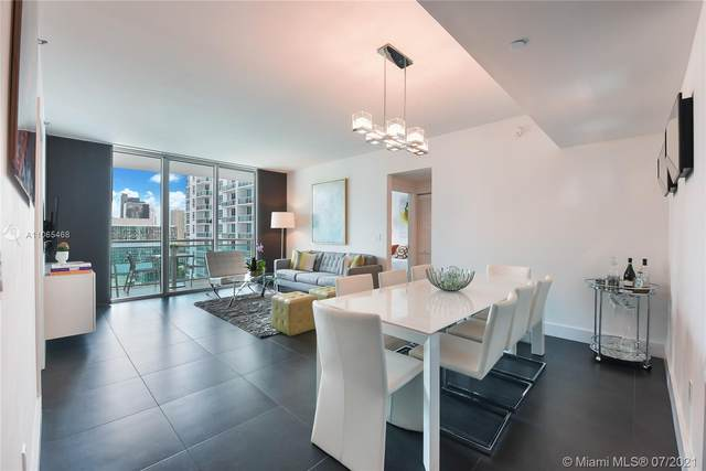950 Brickell Bay Dr #2405, Miami, FL 33131 (MLS #A11065468) :: The Howland Group
