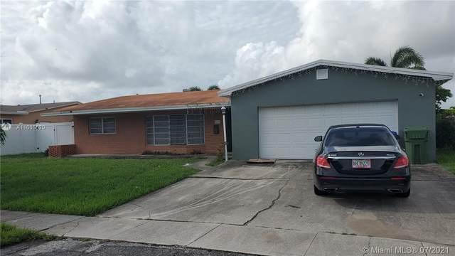 8640 NW 17th Ct, Pembroke Pines, FL 33024 (MLS #A11065520) :: Team Citron