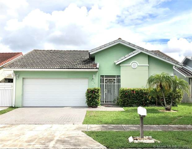 15001 SW 63rd St, Miami, FL 33193 (MLS #A11065705) :: Equity Advisor Team