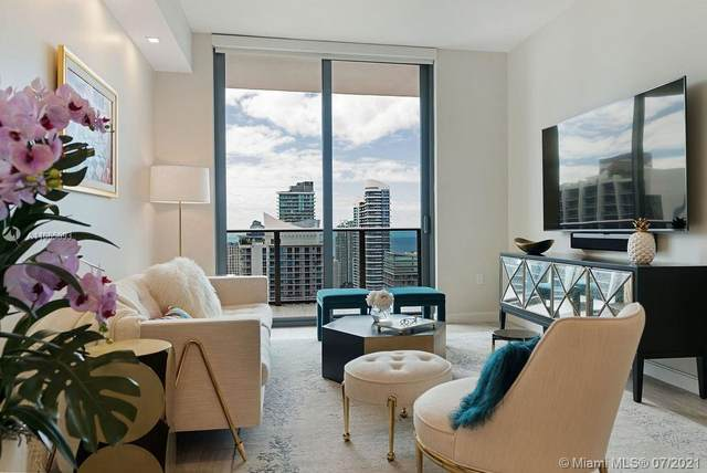 45 SW 9th St #4404, Miami, FL 33130 (MLS #A11065893) :: The Howland Group