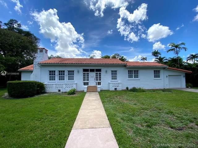 1224 Country Club Prado, Coral Gables, FL 33134 (MLS #A11066049) :: The Teri Arbogast Team at Keller Williams Partners SW