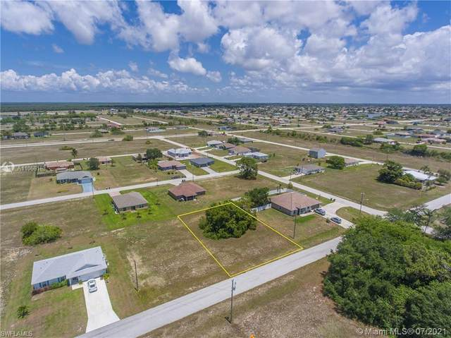 1007 NW 22nd Ter, Cape Coral, FL 33993 (MLS #A11066163) :: Prestige Realty Group