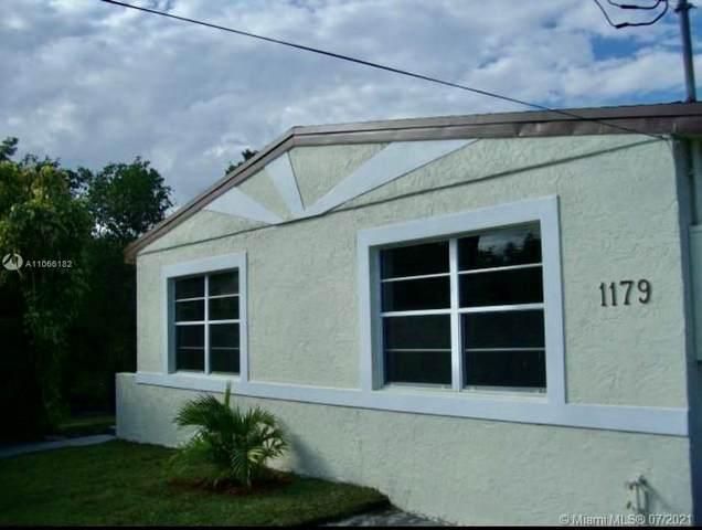 1179 Hayes St, Hollywood, FL 33019 (MLS #A11066182) :: Team Citron