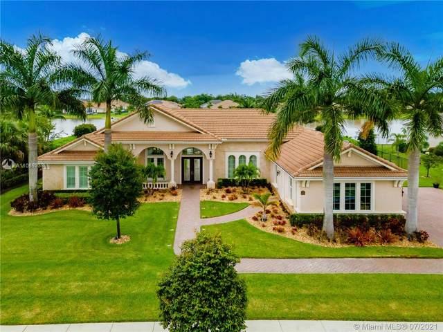 5669 S Sterling Ranch Dr, Davie, FL 33314 (MLS #A11066233) :: Berkshire Hathaway HomeServices EWM Realty