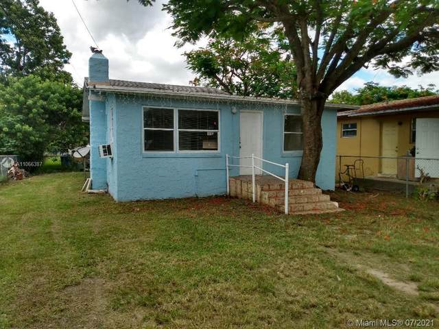 1737 NW 42nd St, Miami, FL 33142 (MLS #A11066387) :: Equity Advisor Team
