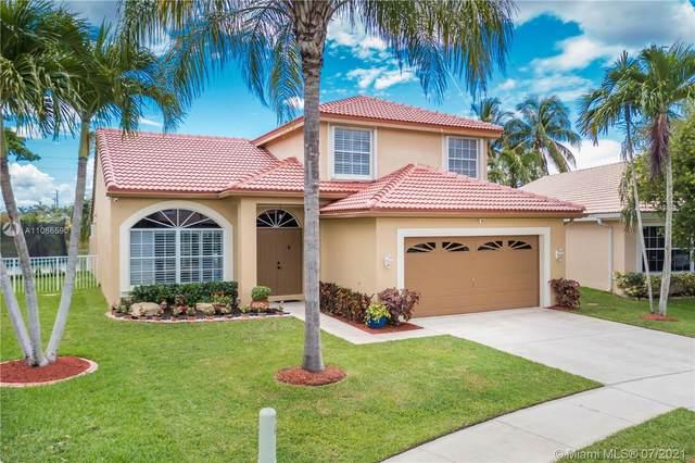1398 SW 181st Ave, Pembroke Pines, FL 33029 (MLS #A11066590) :: Equity Advisor Team