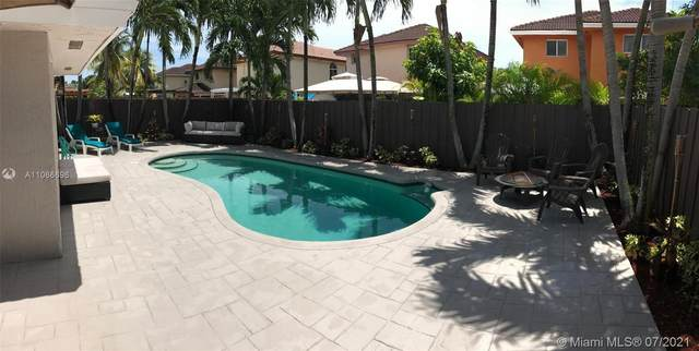 14126 SW 166th Ter, Miami, FL 33177 (MLS #A11066696) :: The Riley Smith Group