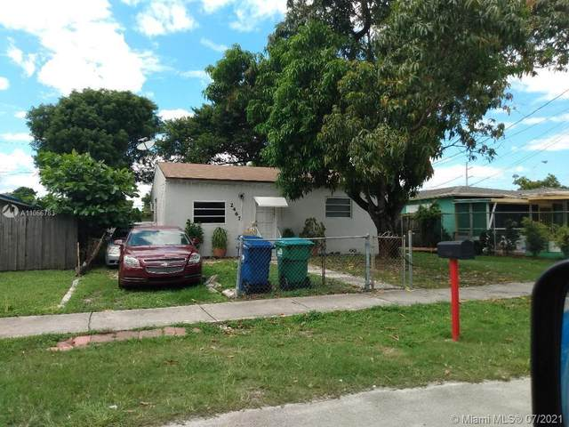 2467 NW 57th St, Miami, FL 33142 (MLS #A11066783) :: CENTURY 21 World Connection