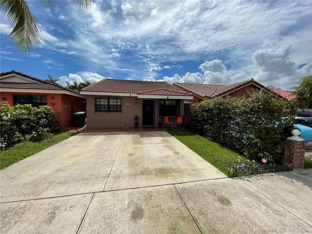 11501 NW 87th Pl, Hialeah Gardens, FL 33018 (MLS #A11066821) :: Prestige Realty Group