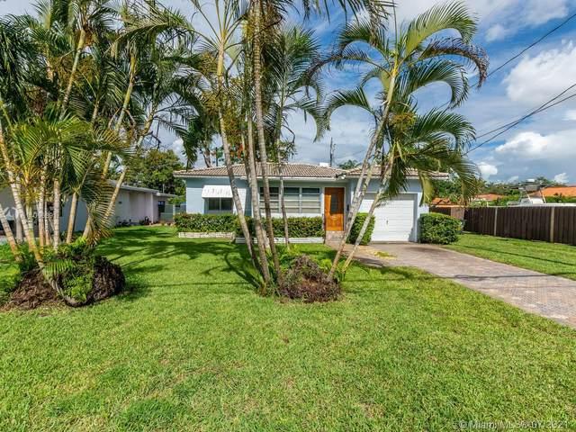 198 Albatross St, Miami Springs, FL 33166 (MLS #A11066891) :: Natalia Pyrig Elite Team | Charles Rutenberg Realty