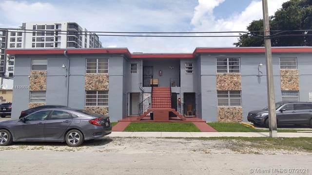 1600 NW 16th Ave, Miami, FL 33125 (MLS #A11066947) :: The MPH Team