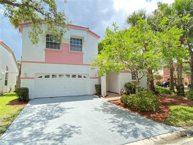 5303 NW 106th Dr, Coral Springs, FL 33076 (MLS #A11067021) :: Equity Advisor Team