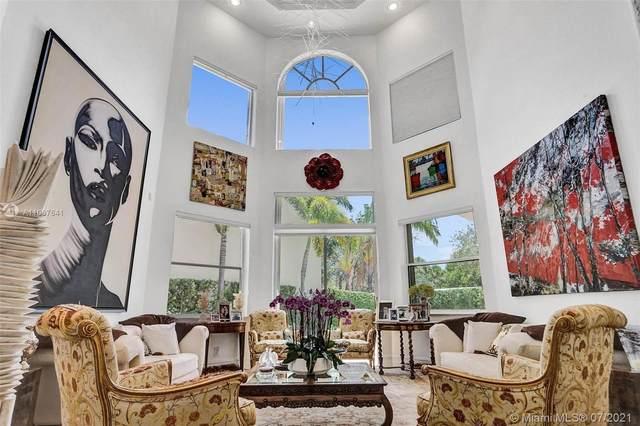 1230 Seagull Ter, Hollywood, FL 33019 (MLS #A11067641) :: Lana Caron Group