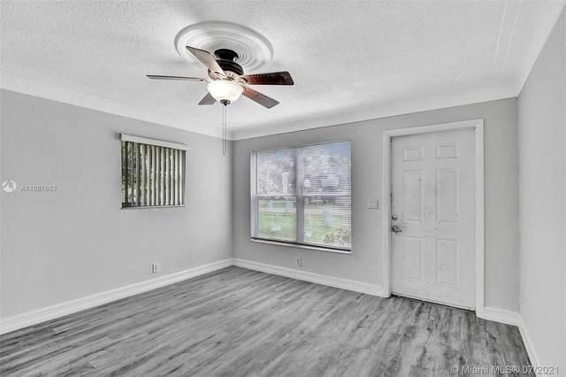 6166 Winfield Blvd, Margate, FL 33063 (MLS #A11067663) :: Prestige Realty Group