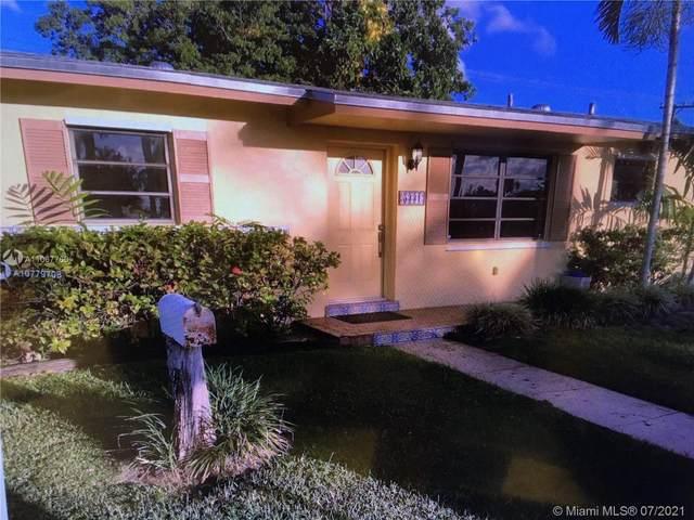 5331 SW 97th Ave, Miami, FL 33165 (MLS #A11067760) :: Prestige Realty Group