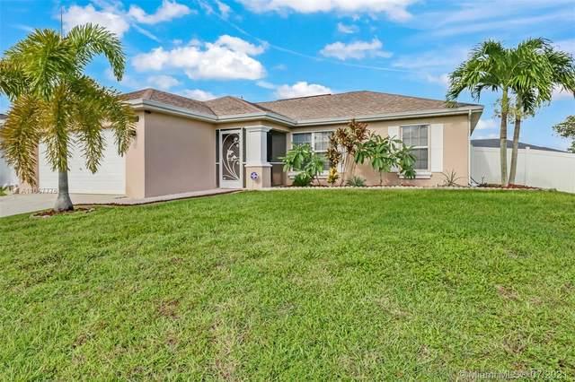 1015 NE 6th Place, Cape Coral, FL 33909 (#A11067776) :: Dalton Wade