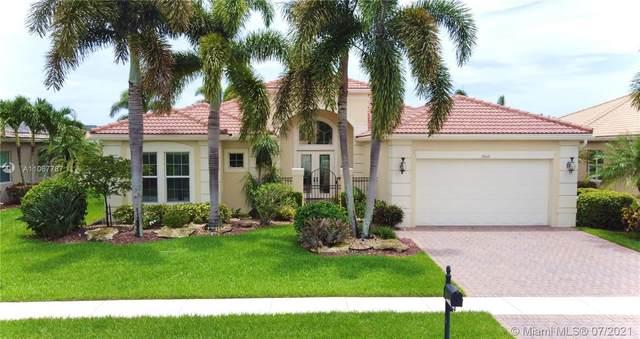 10668 Whitewind Cir, Boynton Beach, FL 33473 (MLS #A11067787) :: The Rose Harris Group