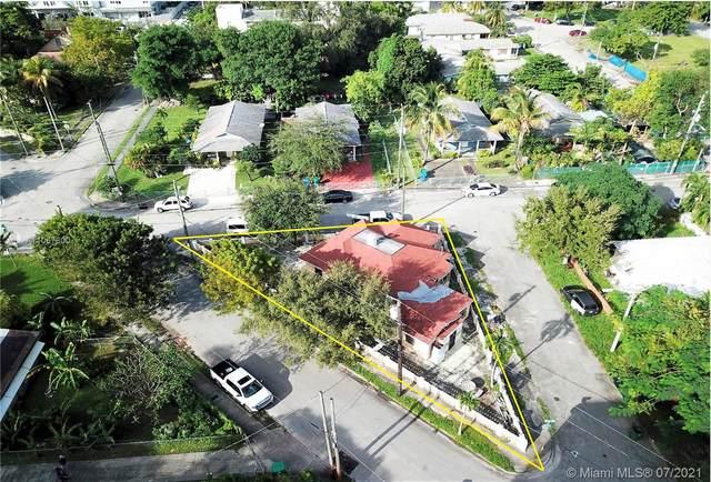 836 NW 12th St, Miami, FL 33136 (MLS #A11067800) :: Douglas Elliman