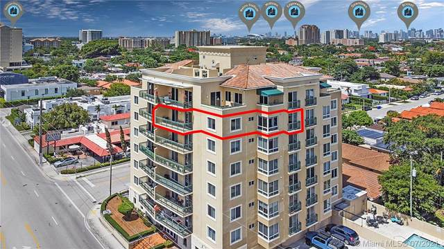 2501 SW 37th Ave #703, Miami, FL 33133 (MLS #A11068434) :: The Howland Group