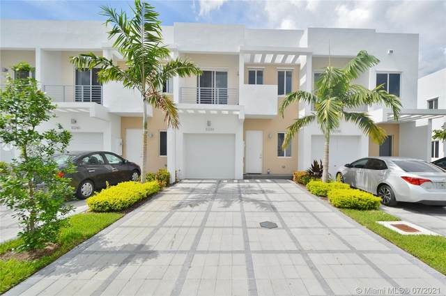10244 NW 71st Ter, Doral, FL 33178 (MLS #A11068680) :: The Jack Coden Group