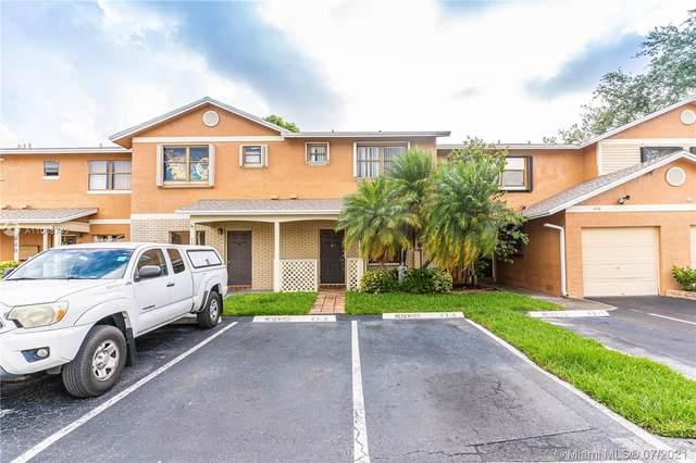 460 NW 103rd Ter, Pembroke Pines, FL 33026 (#A11068743) :: Dalton Wade