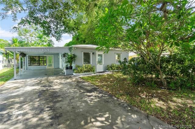 1321 SW 31st St, Fort Lauderdale, FL 33315 (MLS #A11068996) :: Team Citron