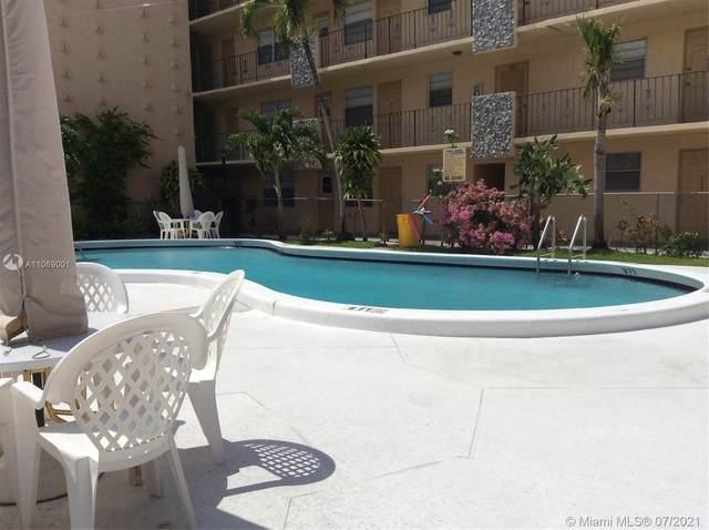 2145 Pierce St #101, Hollywood, FL 33020 (#A11069001) :: Dalton Wade