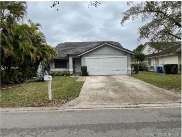 2333 NW 95th Ave, Coral Springs, FL 33065 (MLS #A11069028) :: CENTURY 21 World Connection
